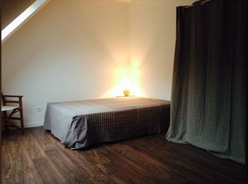 Appartager FR - Maison de 125m2 - 4 chambres, Saint-Cyr-en-Val - 390 € /Mois