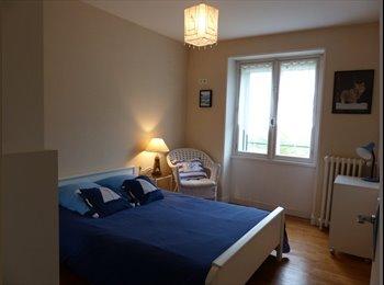 Appartager FR - chambre meublée dans maison au calme, Brest - 300 € /Mois