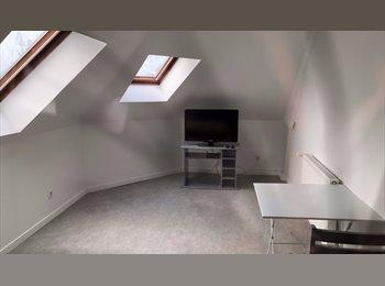 Appartager FR - Chambres meublées à Fécamp (Charges comprises), Cany-Barville - 350 € /Mois