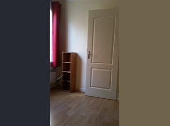 Appartager FR - Appartement Niçois en Duplex, Villefranche-sur-Mer - 320 € /Mois