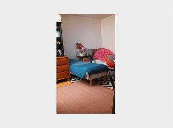 Appartager FR - propose colocation, Saint-Mandé - 330 € /Mois