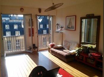 Appartager FR - Marais, Grand Studio sur jardin à la française, 3ème Arrondissement - 620 € /Mois