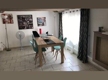 Appartager FR - Location appartement pour étudiant ou stagiaire, Antibes - 560 € /Mois