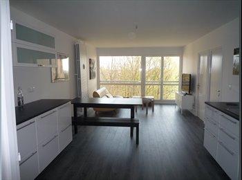 Appartager FR - 2 chambres à louer dans grande colocation meublée super équipée Cergy Pontoise quartier Prefecture, Éragny - 430 € /Mois