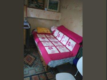 Appartager FR - Chambre pour étudiant(es) ds maison av jardin, Saint-Jean-le-Blanc - 260 € /Mois