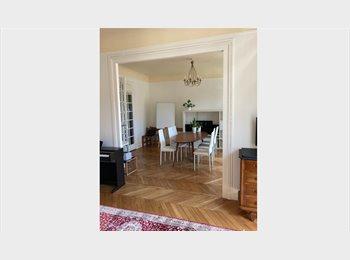 Appartager FR - Chambre double avec balcon 6ème LUXEMBOURG, 6ème Arrondissement - 1100 € /Mois