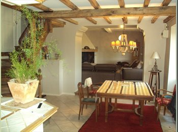 Appartager FR - coloc village, Carcassonne - 300 € /Mois