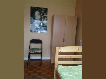 Appartager FR - Chambres meublés très éclairées à l'Est de Paris, Bagnolet - 490 € /Mois