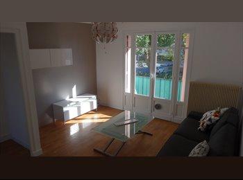 Appartager FR -  Location appart T4 refait à neuf, Pau - 400 € /Mois