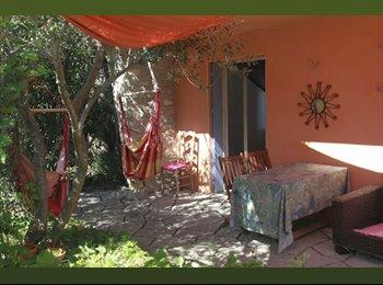 Appartager FR - Chambre dans villa avec jardin au calme à Montpellier, Montpellier - 350 € /Mois