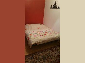 Appartager FR - chambre meublé, calme avec fenetre, Suresnes - 450 € /Mois