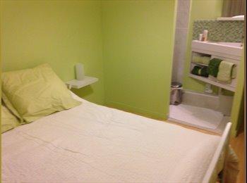 Appartager FR - Chambre meublée avec douche privée , Arcueil - 500 € /Mois