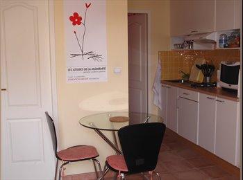 Appartager FR - Joli petit T2 avec terrasse, Aix-en-Provence - 700 € /Mois
