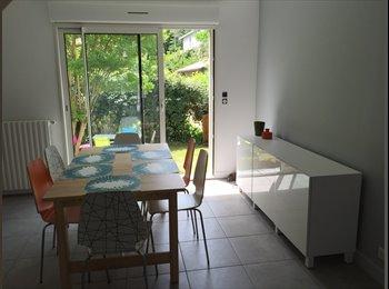 Appartager FR - Charmante maison basque rénovée à Biarritz, Biarritz - 550 € /Mois
