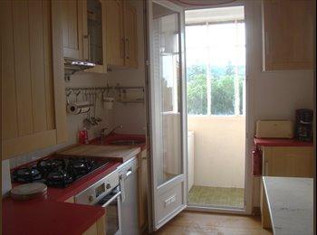 Appartager FR - chambre dans appartement en colocation,meublé , équipé, Aix-en-Provence - 395 € /Mois