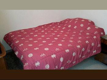 Appartager FR - grande chambre meublée tout confort;, Clapiers - 470 € /Mois