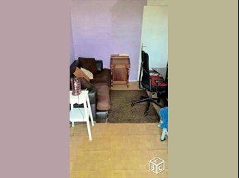 Appartager FR - loue chambre 17 m2 a 10 min NANTERRE , Nanterre - 380 € /Mois