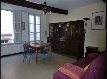 Appartager FR - chambre dans maison centre ville, Avignon - 300 € /Mois