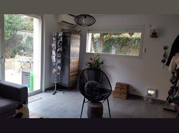 Appartager FR - Chambre meublée chez l'habitant pour femme, Montpellier - 380 € /Mois