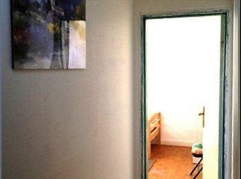 Appartager FR - Location d'une chambre spacieuse trés eclairée au calme, Bagnolet - 525 € /Mois