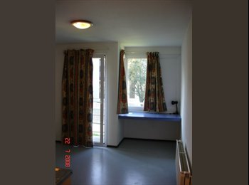 Appartager FR - Appartement 1 pc balcon au SUD rue Alfred de Musset , Eybens - 395 € /Mois