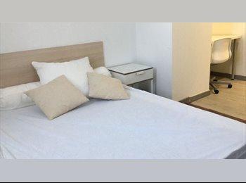 Appartager FR - Bel appartement à deux pas du campus universitaire Jean Monnet, Saint-Etienne - 330 € /Mois