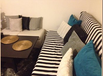 Appartager FR - Bed in flatshare/ roomshare in apartment in Montmartre, 18ème Arrondissement - 450 € /Mois