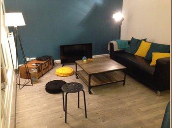 Appartager FR - Chambre à louer- Evry centre, Evry - 400 € /Mois