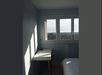 Appartager FR - logement chaleureux et confortable, Aytré - 400 € /Mois