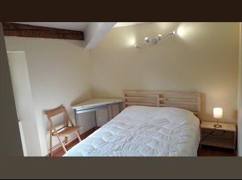 Appartager FR - chambre en colocation port de la Seyne sur Mer , La Seyne-sur-Mer - 350 € /Mois