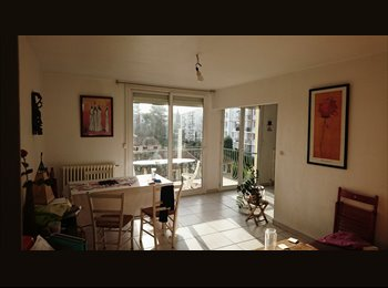 Appartager FR - colocation dans bel appartement lumineux, Montpellier - 280 € /Mois