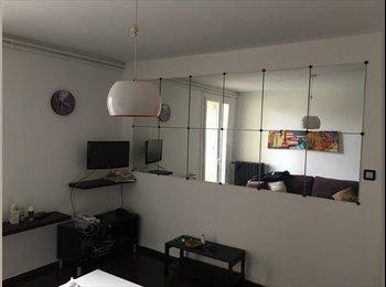 Appartager FR - 1 Ch dans un appartement de 3 Ch cote pavée. Dispo 01/06, Toulouse - 270 € /Mois