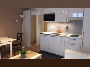 Appartager FR - Location dans un superbe apartament tt meuble , 17ème Arrondissement - 450 € /Mois