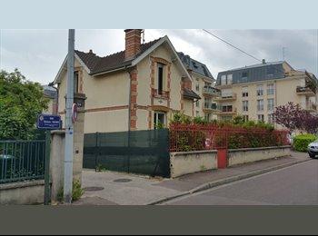 Appartager FR - colocation sympa, Saint-André-les-Vergers - 350 € /Mois