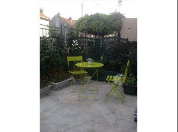 Appartager FR - colocation mixte dans maison avec jardin, Paris à 10mn, Noisy-le-Sec - 450 € /Mois