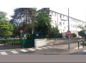 Appartager FR -  Appartement en co-location à 30 min de Paris, Dammarie-les-Lys - 380 € /Mois