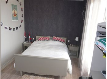 Appartager FR -  3 CHAMBRES dans Appartement Meublé CALME ++ TBE, Talence - 450 € /Mois