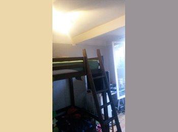 Appartager FR - Colocation studio, Vincennes - 250 € /Mois