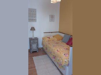 Appartager FR - chambre à louer, Châtillon - 500 € /Mois