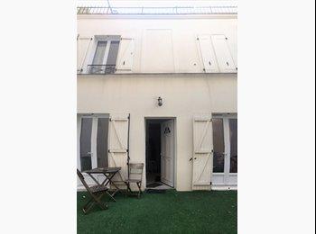 Appartager FR - Chambre et Salle de bain à prendre!, 11ème Arrondissement - 710 € /Mois