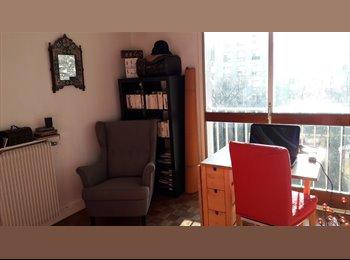 Appartager FR -  Studio lumineux et spacieux Belleville, Le Pré-Saint-Gervais - 750 € /Mois