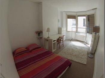 Appartager FR - Belle chambre Tout Pres des Champs Elysées , 8ème Arrondissement - 900 € /Mois