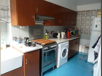 Appartager FR - Spacious and bright apartment in central Paris, 9ème Arrondissement - 817 € /Mois