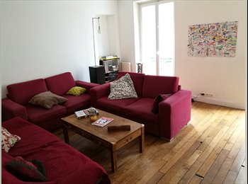 Appartager FR - Chambre - juillet - une coloc de 3 - Canal Saint Martin (Paris 10), 10ème Arrondissement - 950 € /Mois