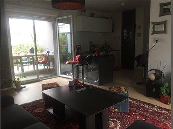 Appartager FR - Loue chambre chez l'abitant, Rezé - 400 € /Mois
