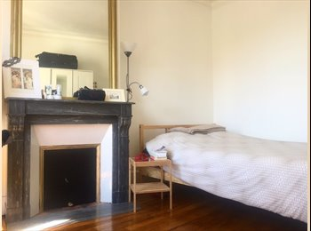Appartager FR - Appartement haussmannien 81m2 Paris 14e , 14ème Arrondissement - 650 € /Mois