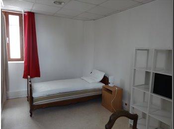 Appartager FR - Chambre 13m² Avenue de Caen Rouen, Le Petit-Quevilly - 250 € /Mois