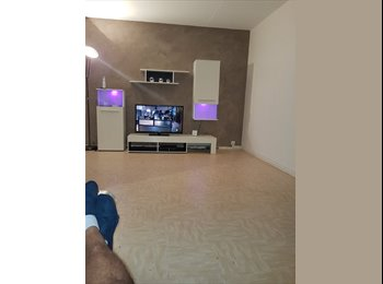 Appartager FR - Chambre , Montreuil - 400 € /Mois