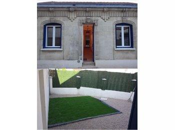 Appartager FR - Superbe chambre meublée salle d'eau et WC privé , Talence - 440 € /Mois