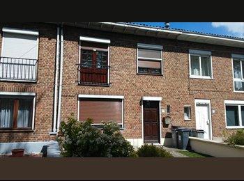 Appartager FR - Maison à Lille proche du Centre et des Transports, La Madeleine - 440 € /Mois